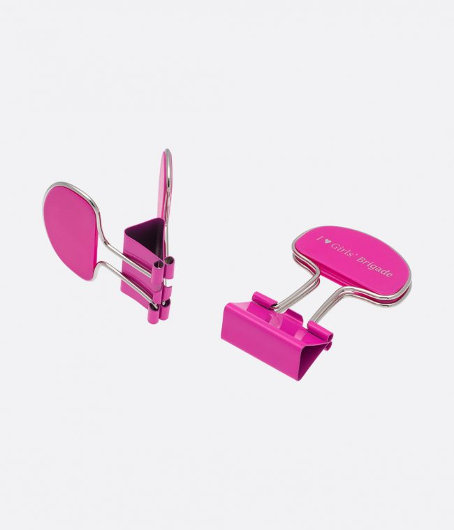 document clips pink