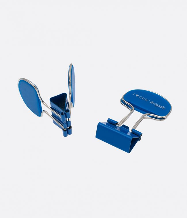 document clips blue